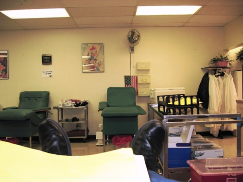 the view from the chair as I gave blood, 3-11-05.